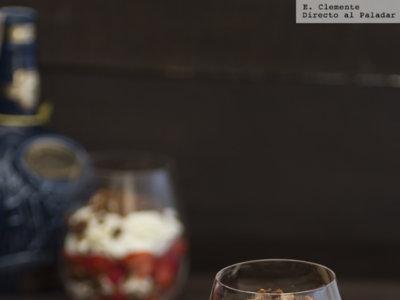 Cranachan, postre típico escocés de frambuesa, whisky y copos de avena. Receta
