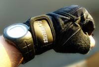 En el gimnasio ¿entrenar con guantes o sin guantes?