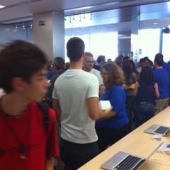 Foto 92 de 93 de la galería inauguracion-apple-store-la-maquinista en Applesfera