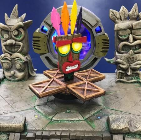 Esta es la impresionante PS4 limitada de Crash Bandicoot, obra de MakoMod