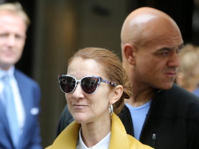 Celine Dion también tiene la famosa biker amarilla, pero la suya nos gusta más