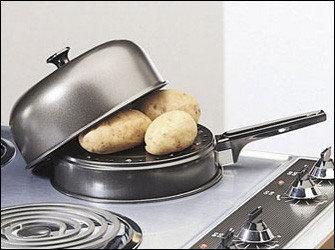 Patatas horneadas en una sartén