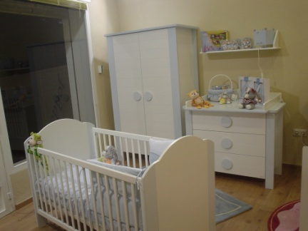 Dormitorio infantil mobiliario el color for Mobiliario dormitorio infantil