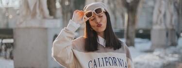 La sudadera oversize ahora se lleva con una camisa debajo: el truco para hacerla más preppy que adoran las chicas de moda