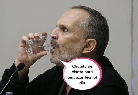 La extraña actitud de Miguel Bosé durante un acto negacionista junto al curandero Josep Pàmies: así fue el evento de los Enrique y Ana de las conspiraciones