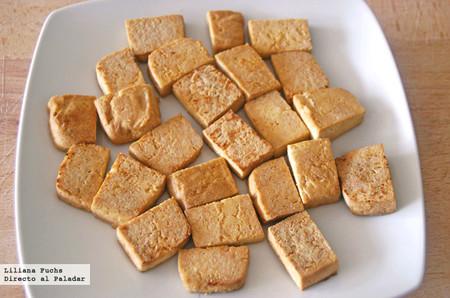 Cómo cocinar tofu: receta básica de tofu firme salteado