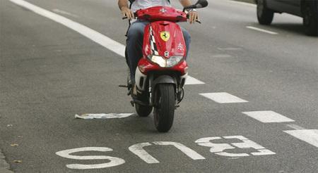 Barcelona se plantea la implantación de un carril para motos