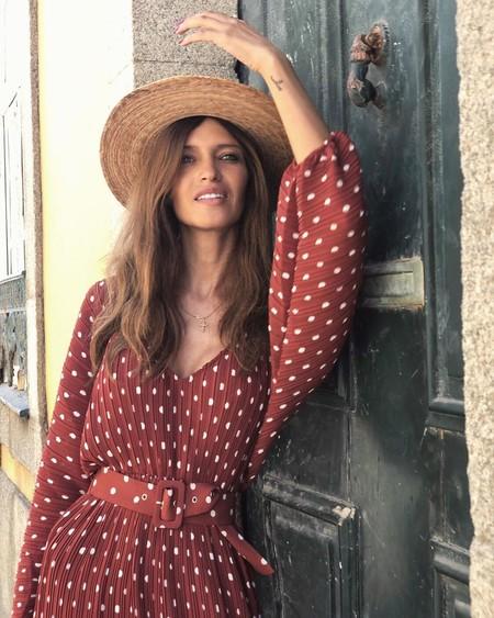 Sara Carbonero apuesta por los lunares: 11 vestidos para lograr su look