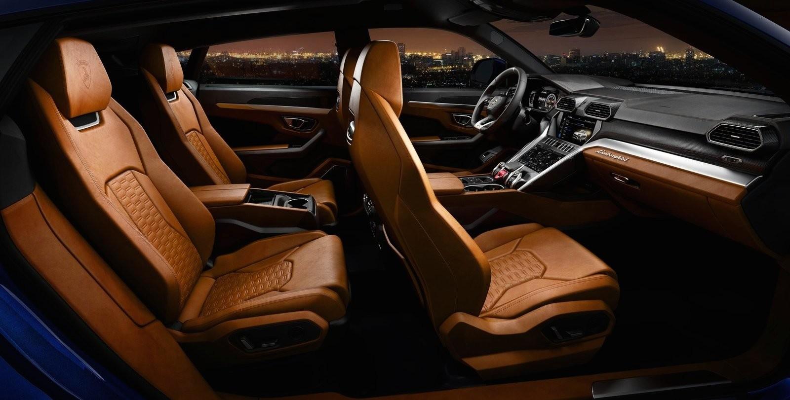 Foto de Lamborghini Urus (74/76)