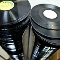 Así es el fascinante y complejo nacimiento de un disco de vinilo
