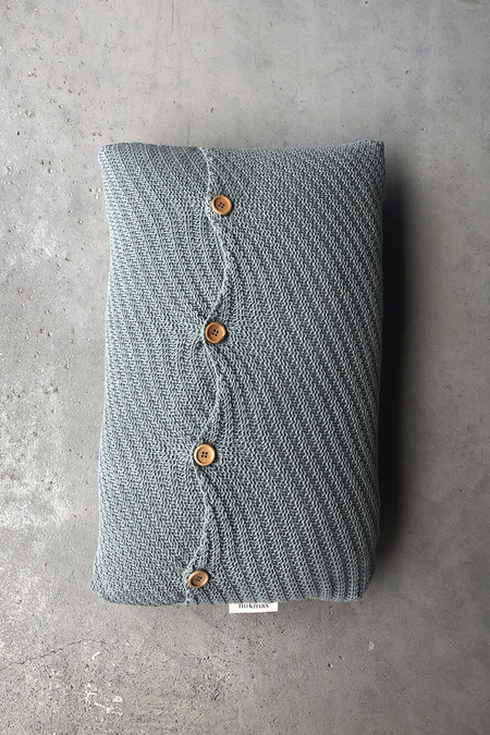 Diagonal Cushion Muga