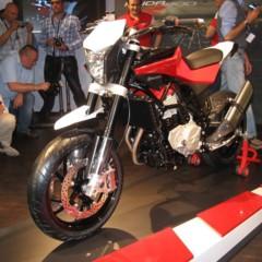 Foto 7 de 12 de la galería husqvarna-nuda-900r-fotos-presentacion-a-la-prensa en Motorpasion Moto