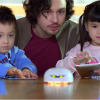 Así es Vortex, el robot modificable y programable que quiere encandilar a los pequeños de la casa