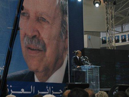 Argelia también corta la conexión a Internet para evitar las manifestaciones contra el régimen
