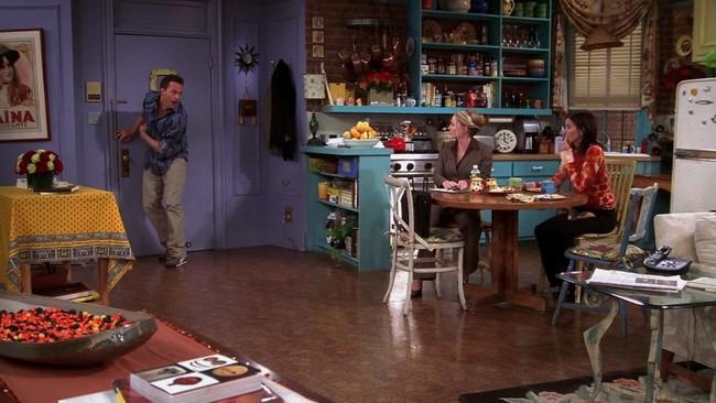 Sabemos por qué el icónico apartamento de Mónica en Friends se pintó de color morado (y tiene todo el sentido)