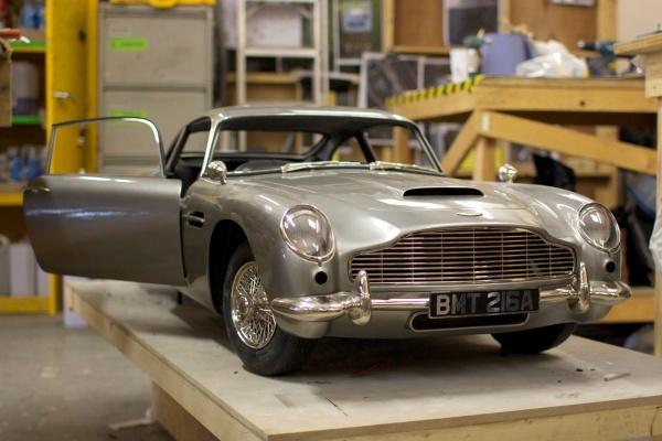 Réplica en 3D del Aston Martin DB5