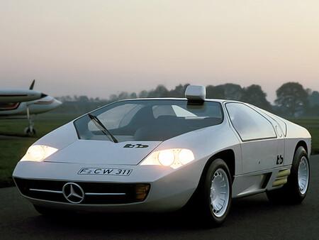 Mercedes Benz CW311