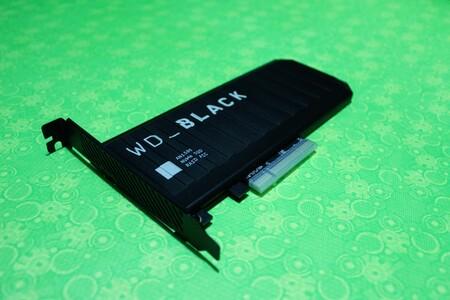 """Probamos el SSD WD BLACK AN1500: la """"alternativa"""" para los gamers que no quieran actualizar su tarjeta madre con ranura M.2"""