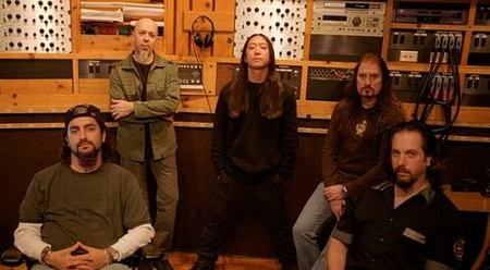 Dream Theater grabarán un tema instrumental para 'God of War III'