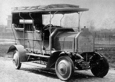 Dernburg-Wagen, el primer coche de pasajeros con cuatro ruedas motrices cumple 105 años