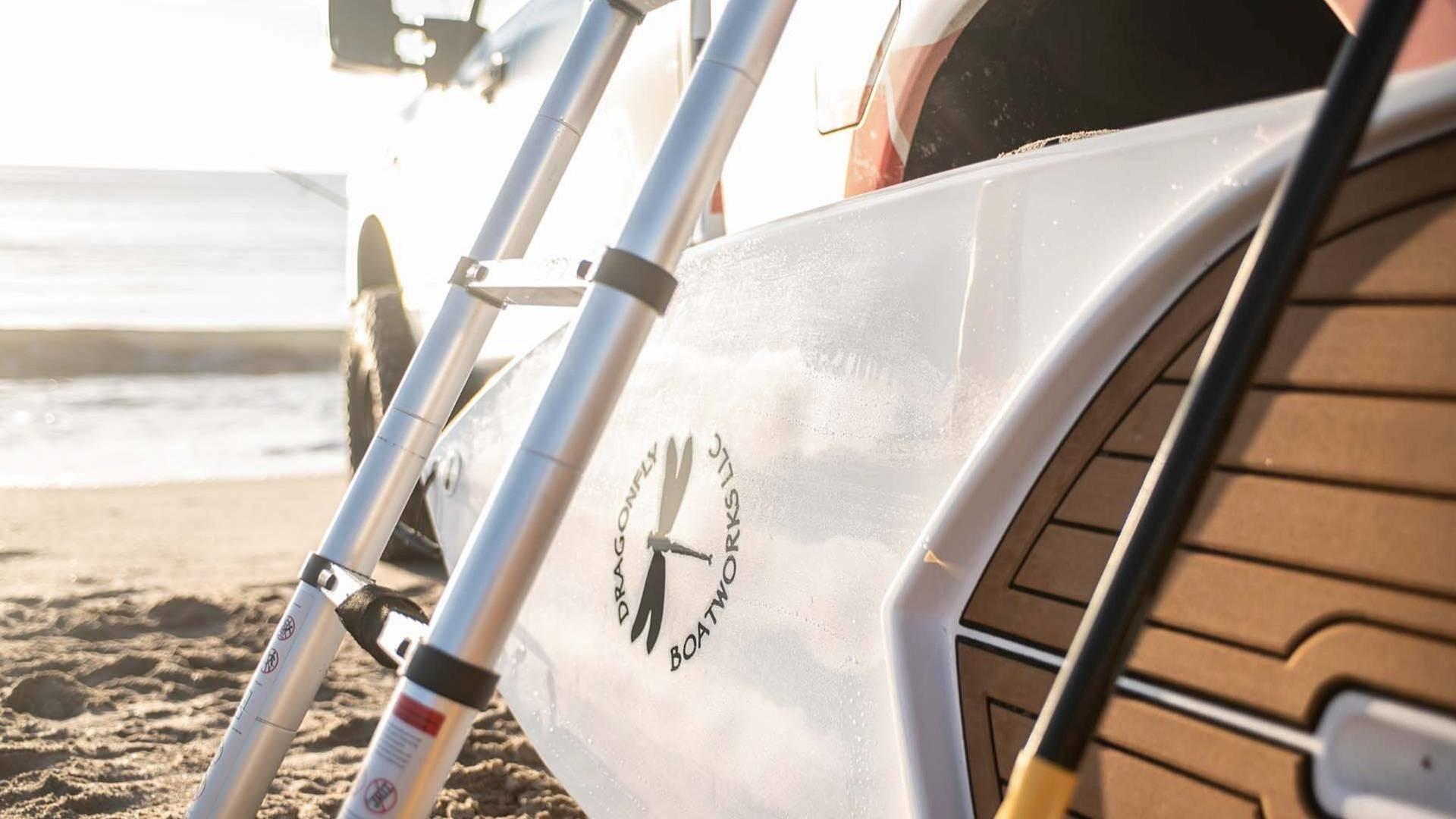 Foto de Nissan Titan XD Surfcamp (7/19)