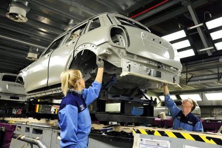 Arranca la producción del MINI 5 puertas