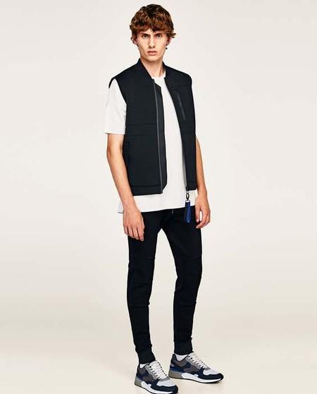 Formalidad en negro, de Zara
