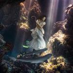 El artista Von Wong sumerge a una modelo en el mar rodeada de tiburones para concienciar de su extinción