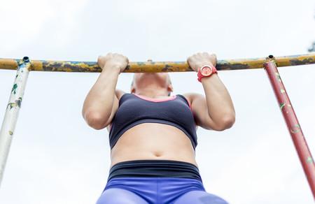 agarre-dominadas-activacion-muscular