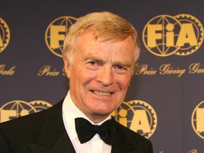 Max Mosley decidirá en octubre si sigue como Presidente de la FIA