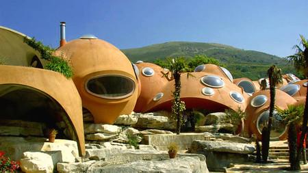 Maison Bernard: una construcción alucinante de los setenta que nos continúa desconcertando