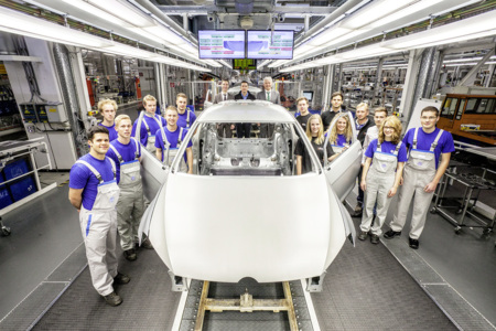 """Volkswagen irá al Wörthersee con un GTI creado por los """"junior"""" de la empresa"""