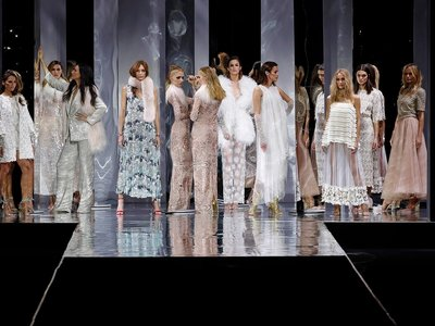 """Los 11 vestidos """"made in Spain"""" que nos encantaría ver en la alfombra roja de los Oscar"""