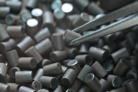 El uranio cotiza al alza: por qué los mineros están comprando enormes cantidades de este mineral cuando pueden extraerlo ellos mismos