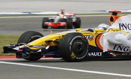 Fernando Alonso esperanzado tras los libres del viernes