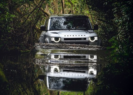 Land Rover Defender 110 2020 1600
