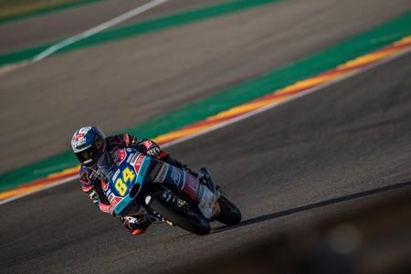 Jakub Kornfeil es el más rápido del viernes en Tailandia bajo la amenaza de los pilotos asiáticos de Moto3