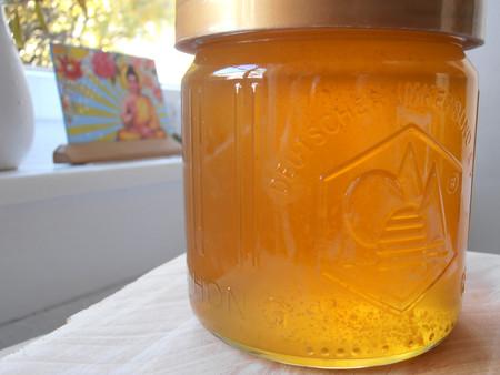 Más de tres cuartas partes de la miel que se vende no es exactamente lo que producen las abejas