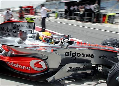 McLaren vuelve al fondo del pit-lane en Bahrein