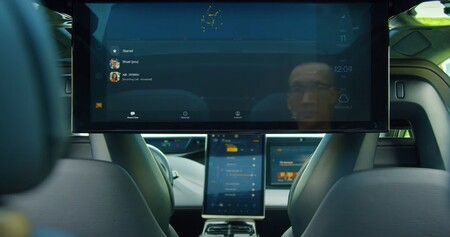 El coche eléctrico de Faraday Future se resiste a morir: así es la excesiva pantalla trasera del FF91