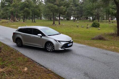Examinamos el Toyota Corolla Touring Sports Electric Hybrid en un uso cotidiano