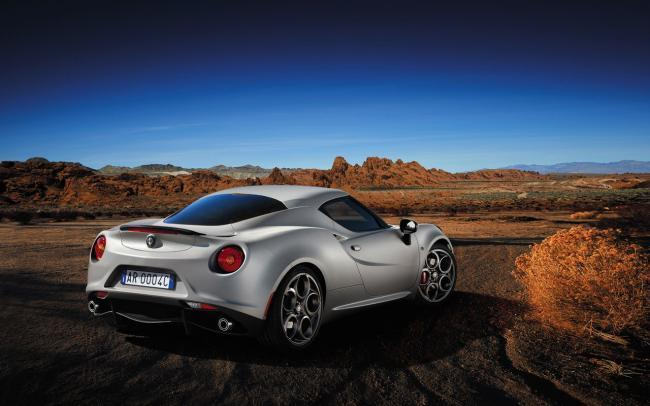 Alfa Romeo 4C Launch Edition trasera