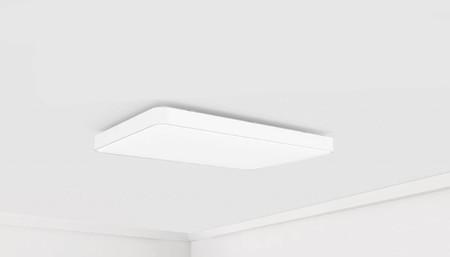 Xiaomi quiere hacerse un hueco en casa con esta lámpara LED en la que apuesta por la conectividad Wi-Fi y Bluetooth