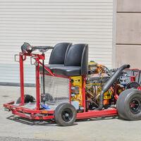 A romper el cochinito, este Go Kart con motor V8 de Chevrolet es algo que definitivamente no se ve todo los días