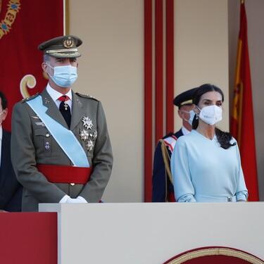 Doña Letizia vuelve a estrenar vestido en el Día de la Hispanidad 2021