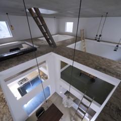 Foto 7 de 14 de la galería casas-poco-convencionales-viviendo-en-una-estanteria-gigante en Decoesfera
