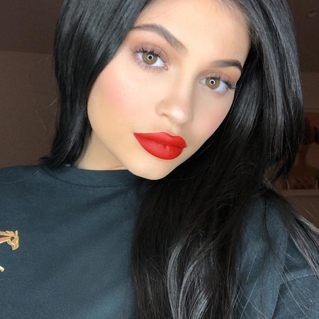 Kylie Jenner posa por primera vez con Stormi e Instagram enloquece