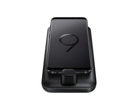 Samsung DeX Pad, una renovación en la que el dock cambia de aspecto y permite usar el móvil como touchpad