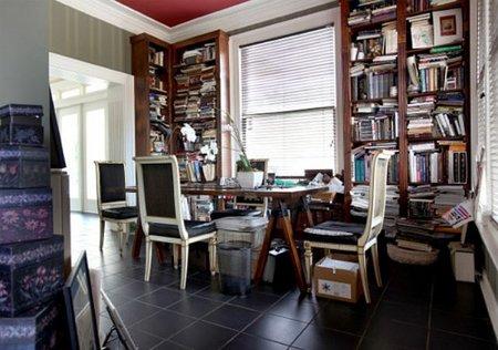 El caos de tener los libros desorganizados