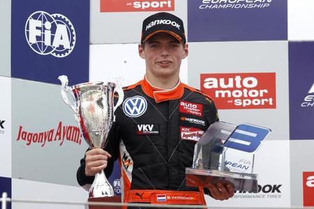 Max Verstappen, una estrella más en el paddock de Alemania